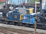 CSX 1128 & 1123